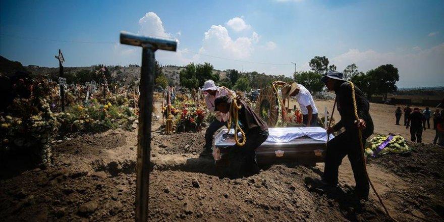 Meksika'da Kovid-19'dan ölenlerin kesin sayısını tespit etmek 'birkaç yıl' sürebilir