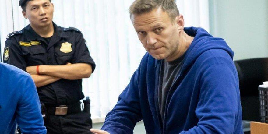 Rus muhalif Navalnıy Putin'i zehirlenmesinin arkasında olmakla suçladı