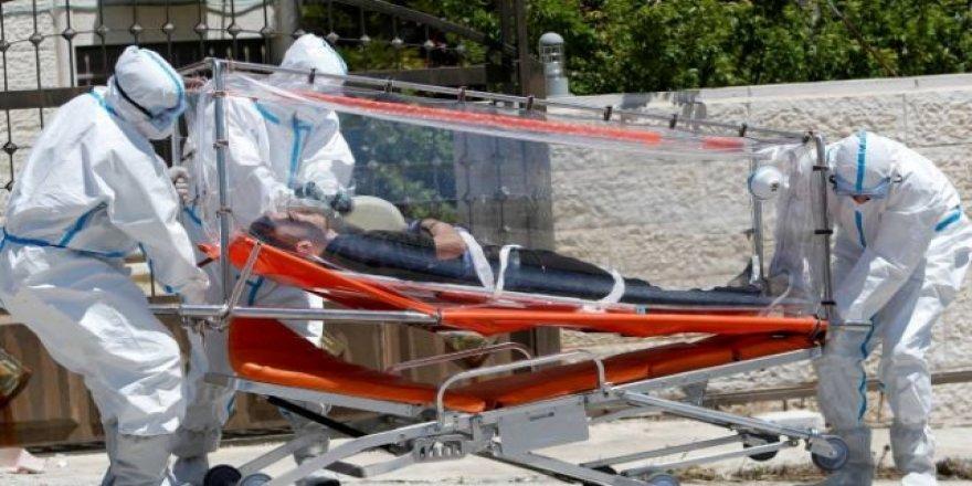 İran'da son 24 saatte COVID-19'dan 211 kişi hayatını kaybetti