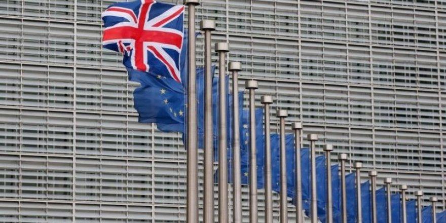 Brexit: AB, İngiltere'ye karşı yasal süreç başlattı