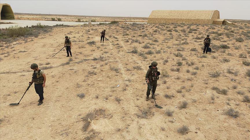 Libya'da darbeci Hafter'in tuzakladığı mühimmatları TSK imha ediyor