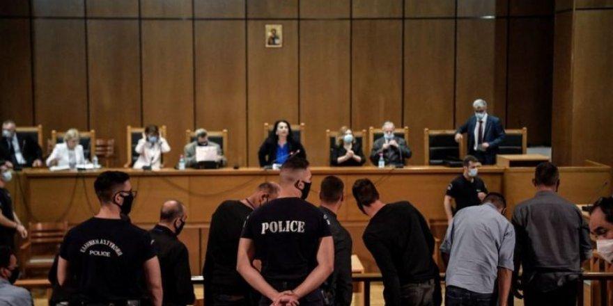 Yunanistan'da mahkeme aşırı sağcı Altın Şafak Partisi'nin 'suç örgütü' olduğuna karar verdi
