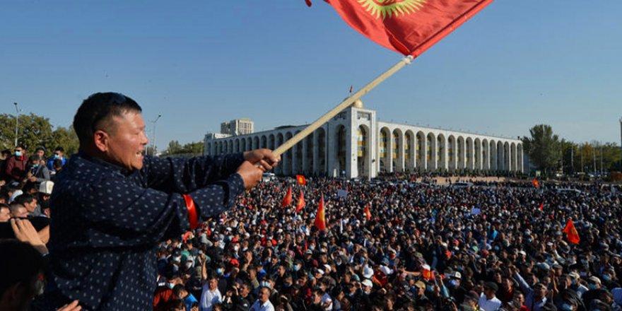 Kırgızistan'daki protestolar üzerine...