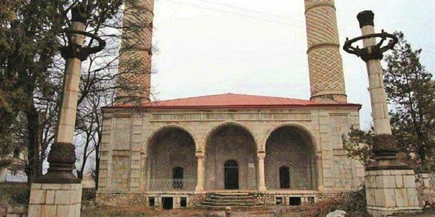 Karabağ'ın 67 camisinden sadece 1 tanesi ayakta