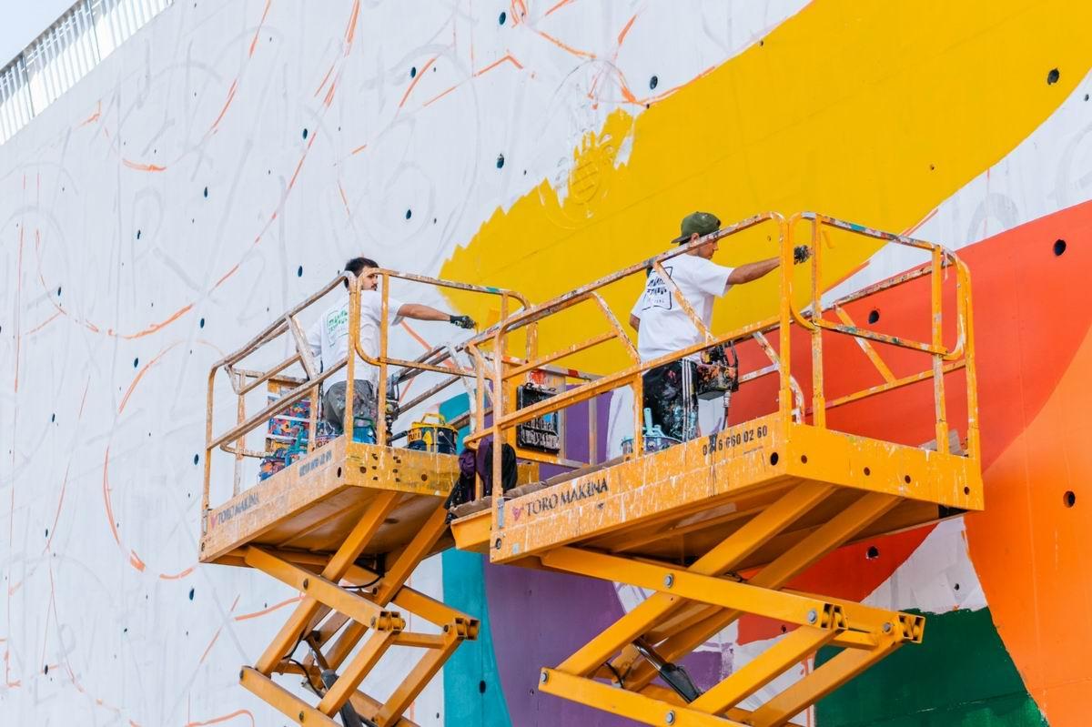 İBB'nin ''Duvar Bahçe'' uygulamasından ''Konuşan Duvarlar'' projesine geçişinin mantık zorlayan izahı
