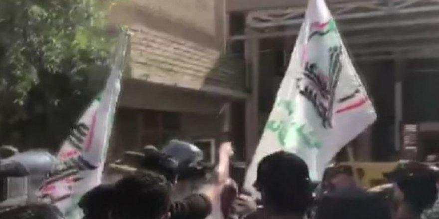 Haşdi Şabi Bağdat'taki KDP binasını bastı