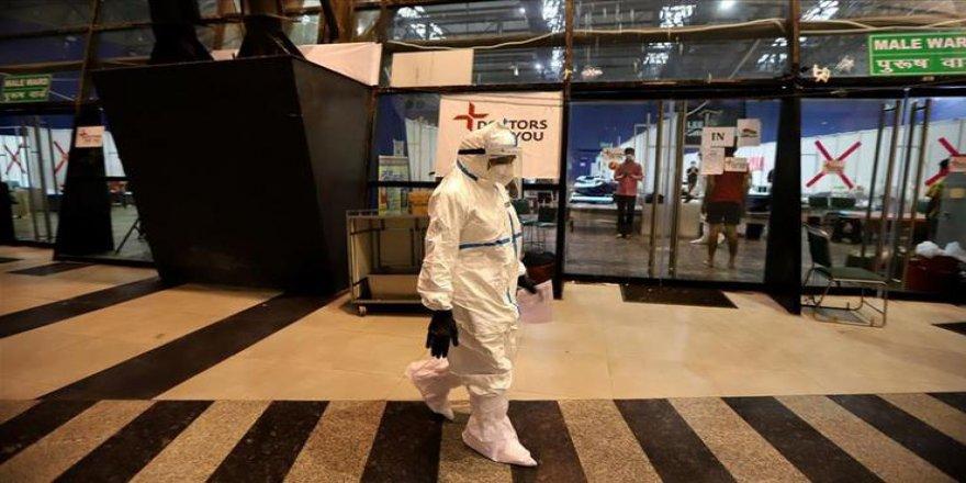 Dünya genelinde Kovid-19 tespit edilen kişi sayısı 40 milyonu aştı