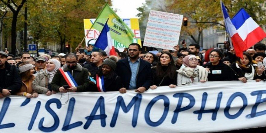 Fransa İslamofobi ile Mücadele Kolektifi, ülkenin müslümanlara yönelik tutumunu BM'ye taşıdı