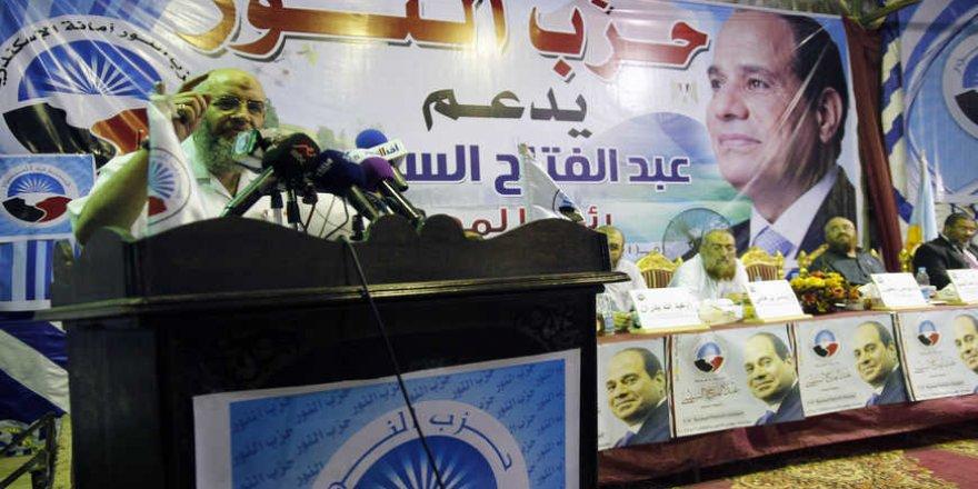Sisi kendisine hizmet eden Nur Partisi'ni ödüllendiriyor!
