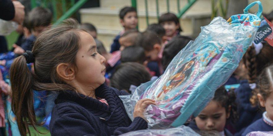 Eynesil Özgür-Der 'den Kudüslü çocuklara eğitim desteği