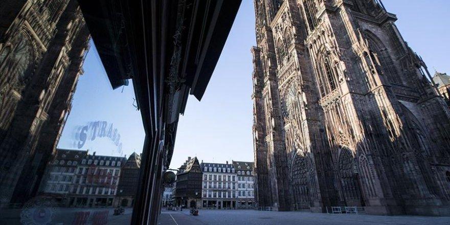 Fransa'da 30 Ekim itibarıyla sokağa çıkma kısıtlaması uygulanacak