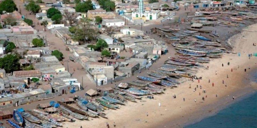 Senegal açıklarında göçmen teknesi battı: 140 ölü