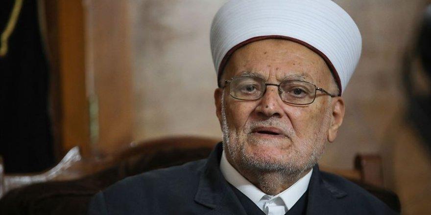 Siyonistlerden Mescid-i Aksa İmam Hatibi Şeyh Sabri'ye tehdit