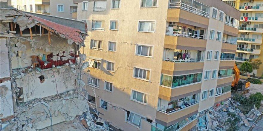 İzmir'de 124 ağır hasarlı bina tespit edildi