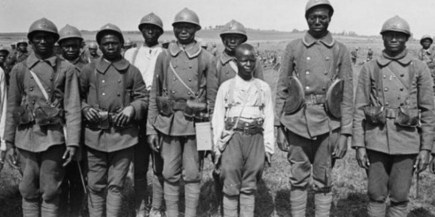 Thiaroye Katliamı: Fransa'nın açtığı 76 yıldır iyileşmeyen yara