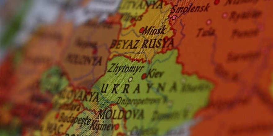 Belarus 2 İngiliz diplomatı 'istenmeyen kişi' ilan etti