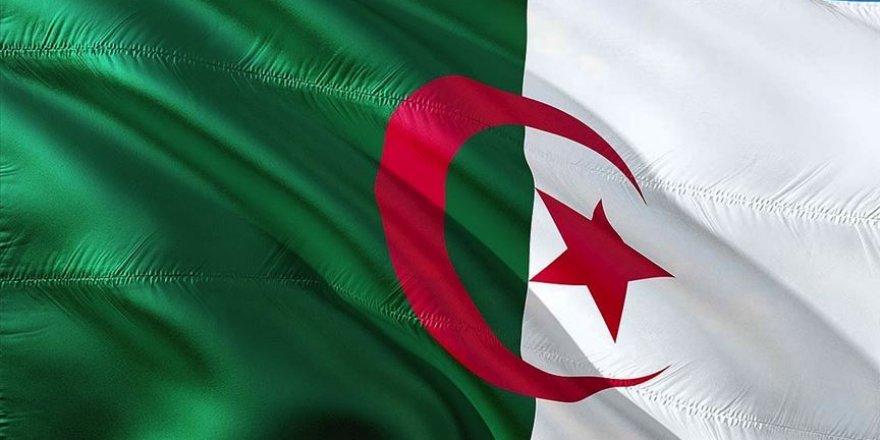 Cezayir ile Fas arasında Batı Sahra gerginliği