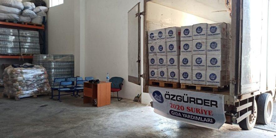 Özgür-Der ve Fetih-Der İdlib'de 2500 koli gıda yardımı dağıttı