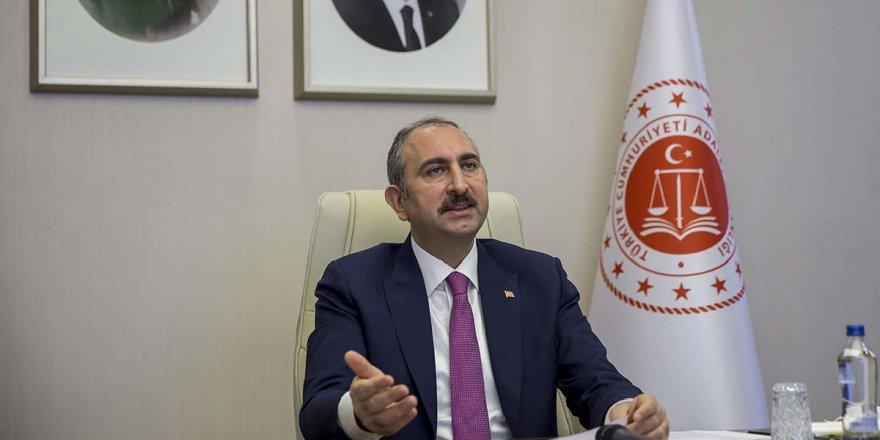 Abdulhamit Gül: 'Çamur at izi kalsın anlayışı adalet değildir'