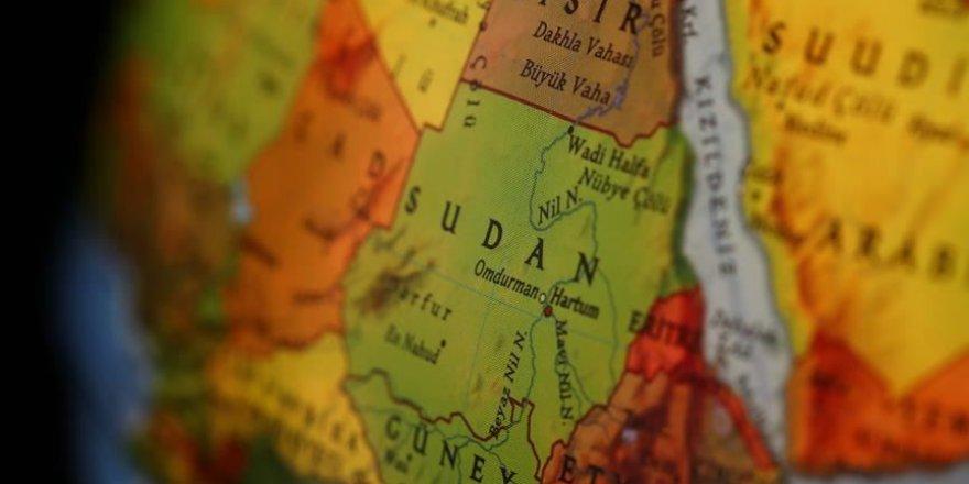 Siyonist İsrail'den bir heyet Sudan'a gitti
