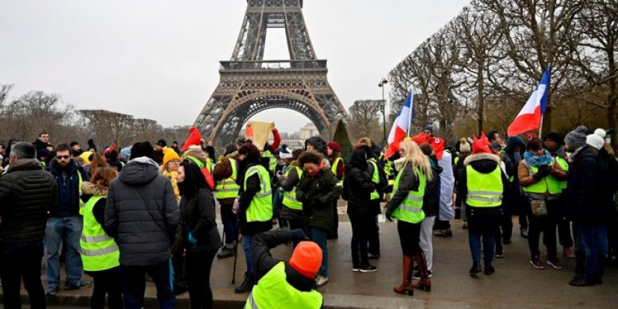 Fransa'da mahkeme sarı yelekli eylemcinin polis şiddetiyle yaralanmasından devleti sorumlu tuttu
