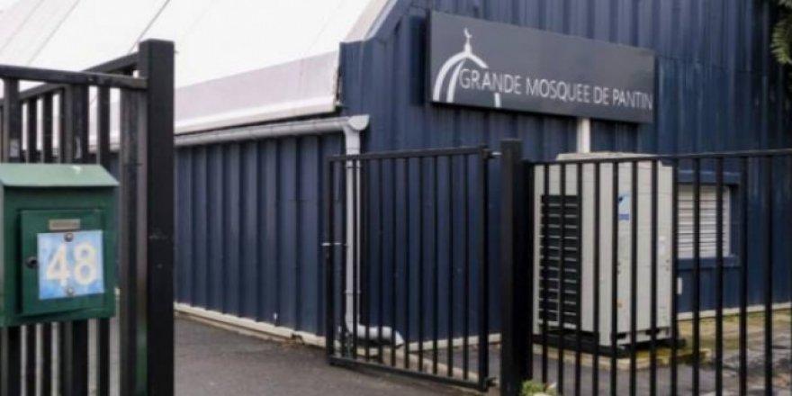 Fransa, Müslümanları hedef almaya devam ediyor