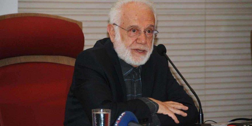 Prof. Dr. İhsan Süreyya Sırma hastaneye kaldırıldı