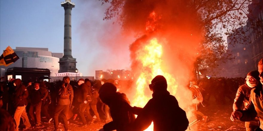 Fransa'da olaylı gösteri