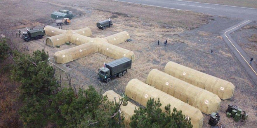 Rusya ordusu Karabağ'da sahra hastanesi kurdu