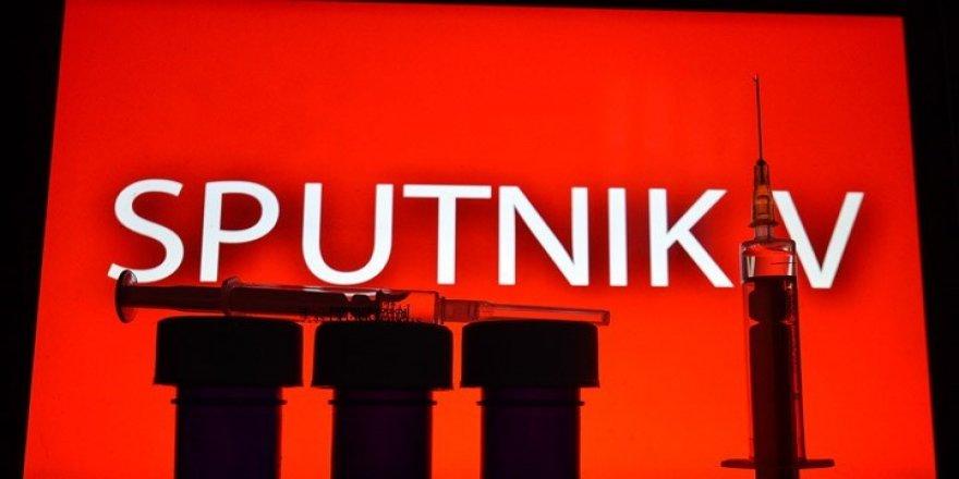 Rus aşısı Sputnik-V'yi yaptıran yaklaşık 20 kişi Koronavirüs'e yakalandı