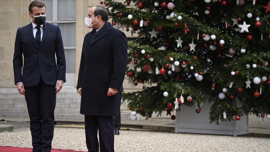 Uluslararası İnsan Hakları Federasyonundan Sisi'nin kırmızı halılarda karşılanmasına tepki