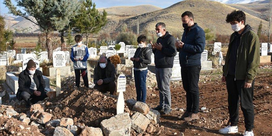 Filistinli yetimlerin 'Hasan dedesi'nin yardım faaliyetlerini çocukları sürdürecek