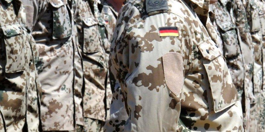 Alman ordusunda Aşırı Sağcı krizi