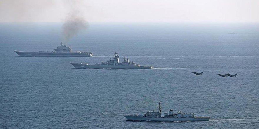 İngiltere'den Fransa donanmasına gözaltı yetkisi