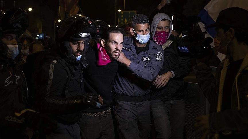 İsrailliler düzenledikleri gösterilerde Netanyahu'nun istifasını istedi