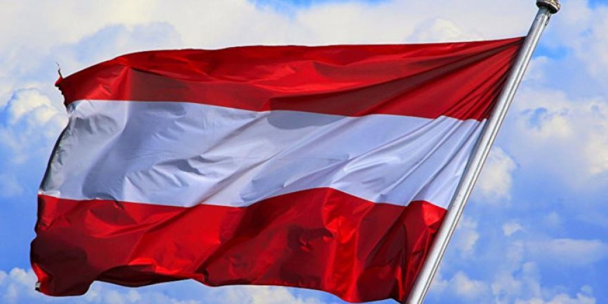 Avusturya Anayasa Mahkemesi'nin özgürlükçü tutumu ülkede yükselen Irkçı-İslamofobik dalgayı kırabilecek mi?