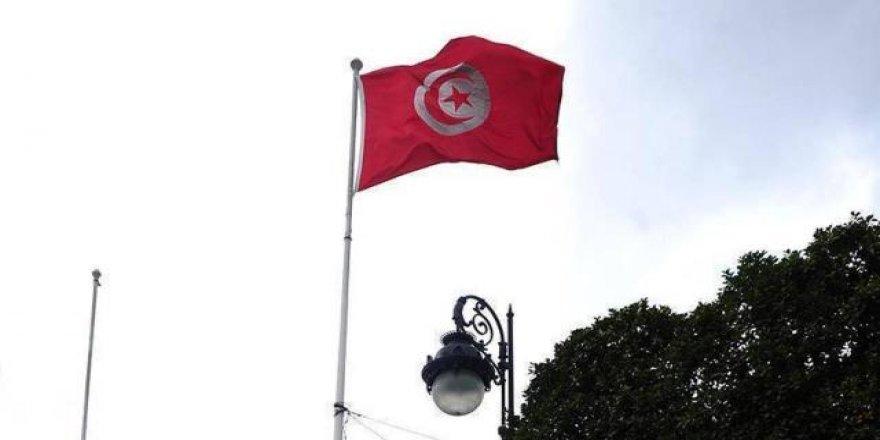 Tunus'ta görevden alınan eski Çevre Bakanı tutuklandı
