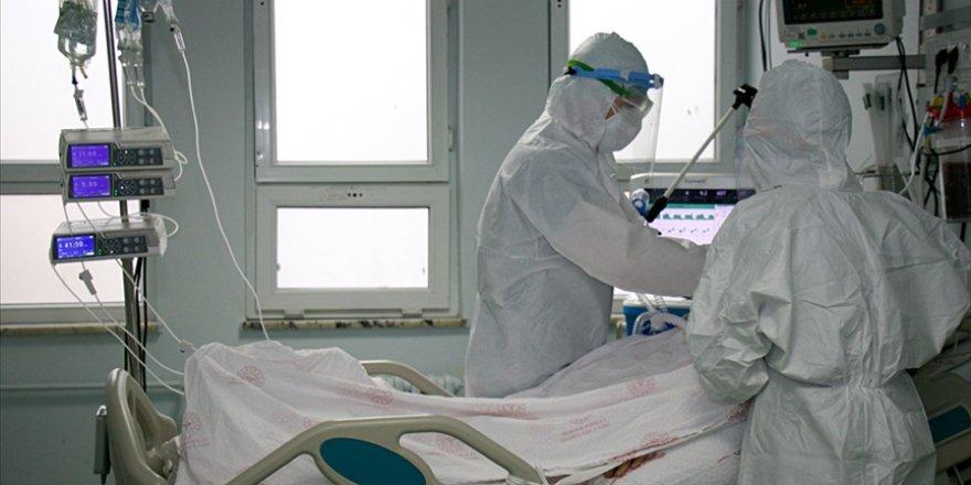 Türkiye'de son 24 saatte 22 bin 195 kişinin korona testi pozitif çıktı