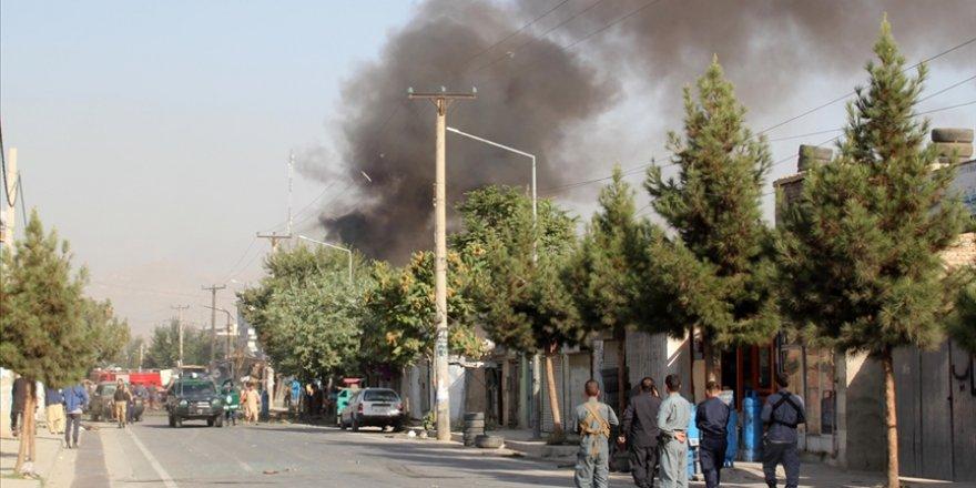 Afganistan'da bombalı saldırılar: 6 ölü