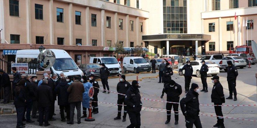 Gaziantep'teki hastanede çıkan yangında hayatını kaybedenlerin sayısı 10'a yükseldi