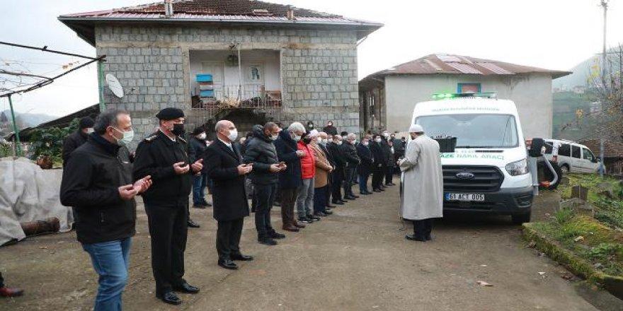 Cumhurbaşkanı Erdoğan'ın yeğeni Ahmet Erdoğan'ın cenazesi toprağa verildi