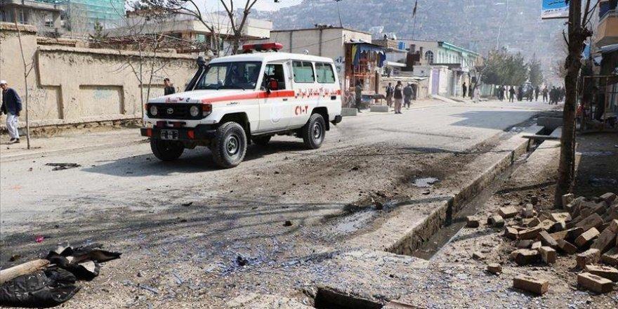 Afganistan'da bombalı saldırıda bir tugay komutanı ve güvenlik görevlisi öldü