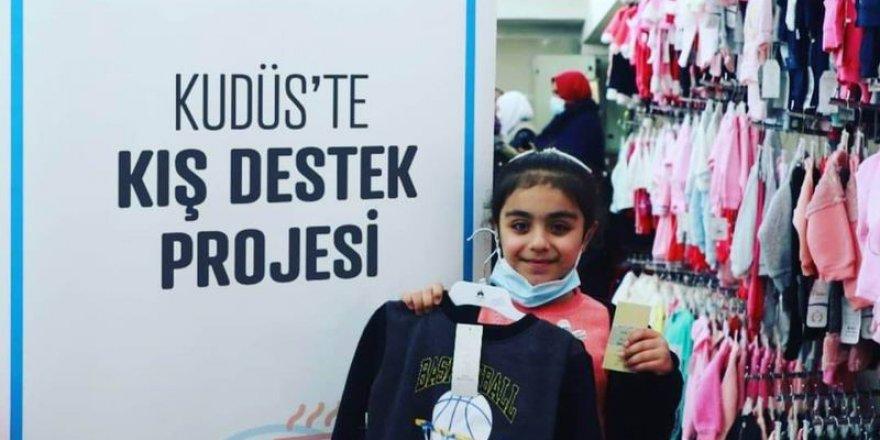Eynesil Özgür-Der'den Kudüslü Müslümanlara kışlık yardım