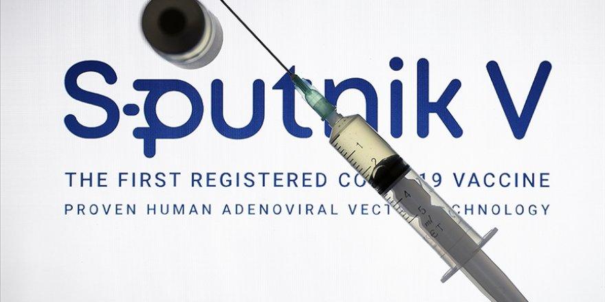 AB: Rusya kendi aşısını satmak için diğerleri hakkında dezenformasyona başvuruyor