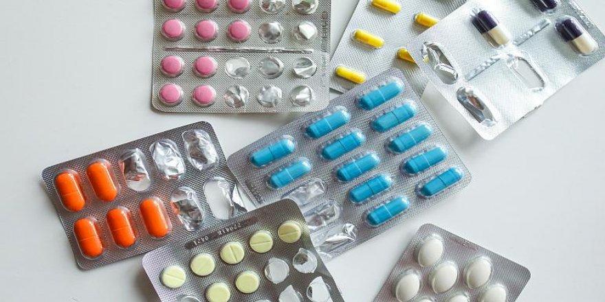 ABD'de 'Salgında gelirimiz düştü' diyen ilaç firmalarından 300'den fazla ilaca zam