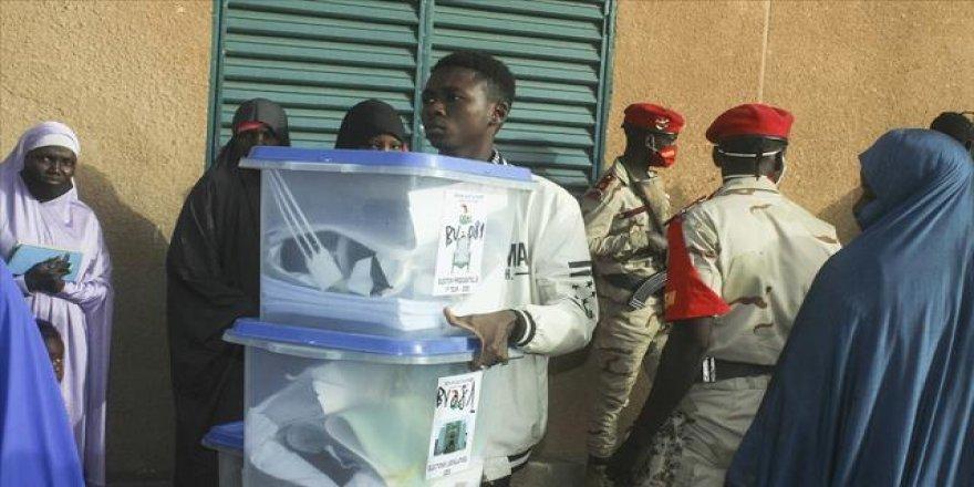 Nijer'de cumhurbaşkanı seçimi ikinci tura kaldı
