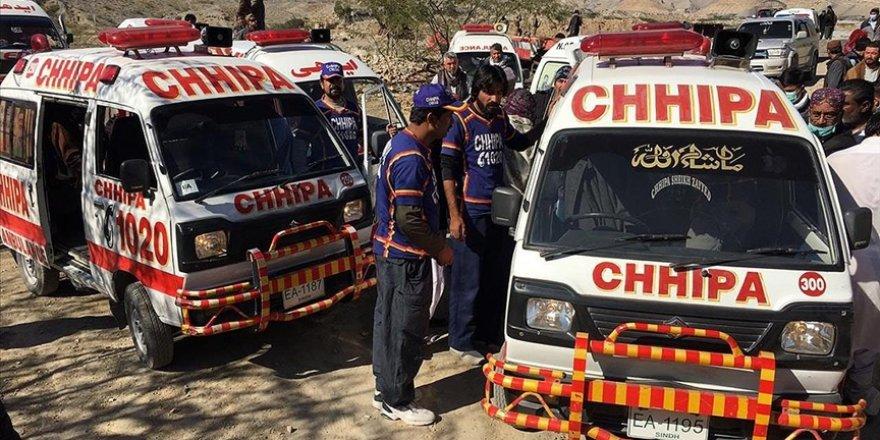 Pakistan'da maden işçilerine saldırı: 11 ölü