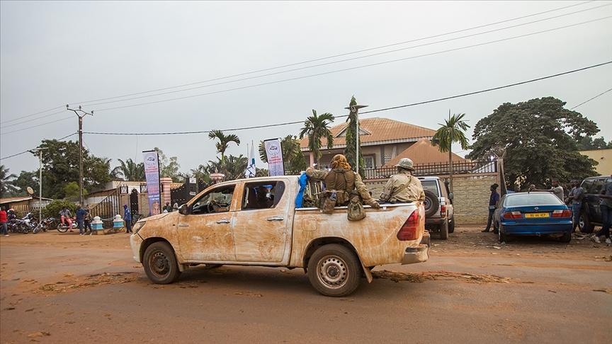 Orta Afrika Cumhuriyeti'nde 10 cumhurbaşkanı adayı seçimlerin iptalini istiyor