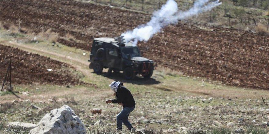 İşgalci İsrail güçleri Batı Şeria'da 5 Filistinliyi yaraladı