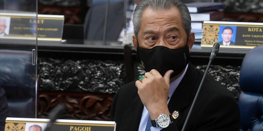 Malezya Başbakanı Muhyiddin, OHAL'de sivil hükümetin devam edeceğini açıkladı